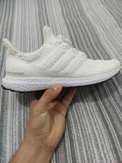 Tênis Ultraboost Branco Novo