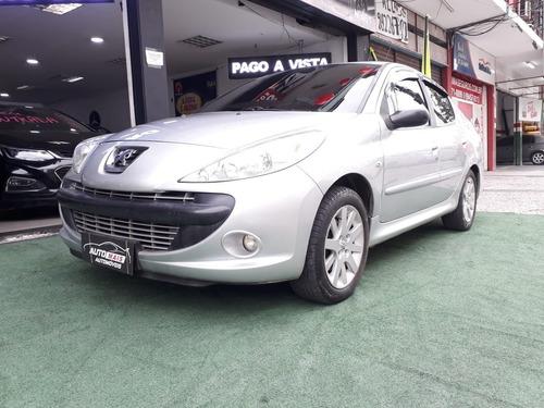 Peugeot 207 Passion 2010 1.4 Xr Flex 4p