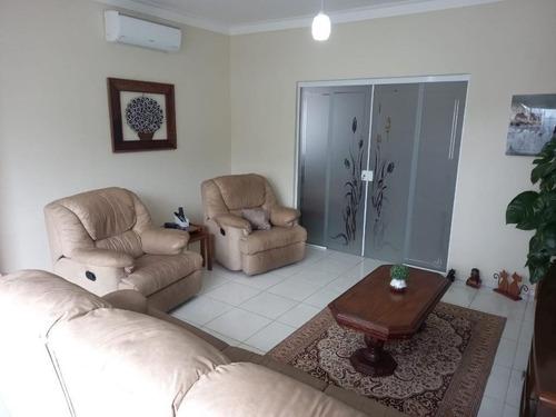 Sobrado Com 4 Dormitórios À Venda, 168 M² Por R$ 720.000,00 - Marapé - Santos/sp - So0636