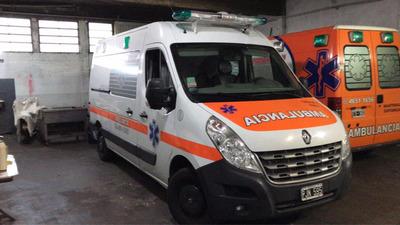 Alquilo Ambulancia Renault Master