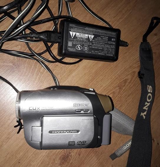 Filmadora Sony Handycam Com Carregador - Precisa De Bateria
