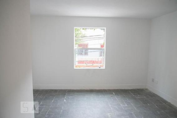 Casa Com 1 Dormitório E 2 Garagens - Id: 892952241 - 252241