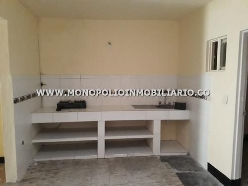 Imagen 1 de 14 de Casa Bifamiliar En Venta - Manrique Santa Ines Cod: 12805