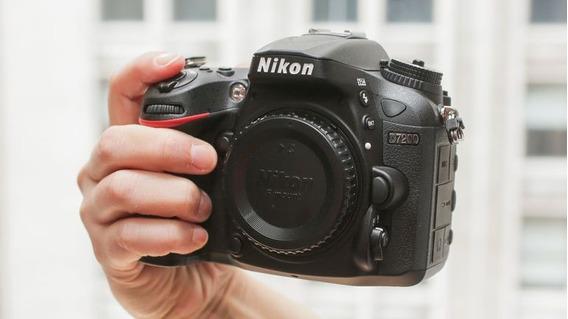 Nikon D7200 Solo Body O Con Kit