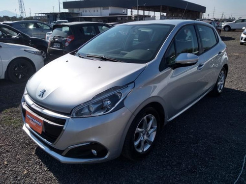 Peugeot 208 Active Hdi 1.6 2017