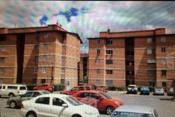 Departamento Con Excelente Ubicación En Toluca, México