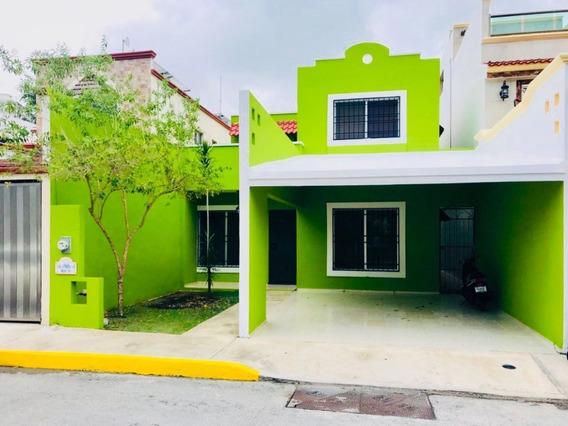 Casa En Venta 3 Recamaras En Santa Fe Frente A Parque En Playa Del Carmen