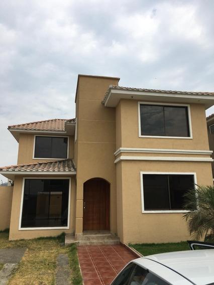Nueva Casa Por Estrenar En Guayaquil
