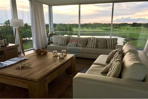 Vendo Residencia De Lujo En Agua Vista: 3 Habitaciones.