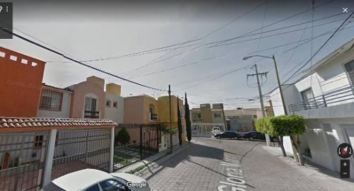 Se Vende Casa Bonita Y Grande En Calle Gloria Marin, Col. La Joya, Queretaro.