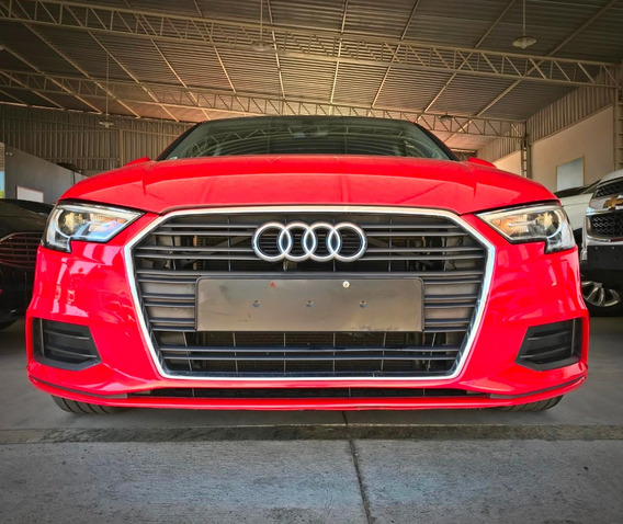 Audi A3 Sedan Ambiente Tsfi 1.4. Vermelho 2017/17