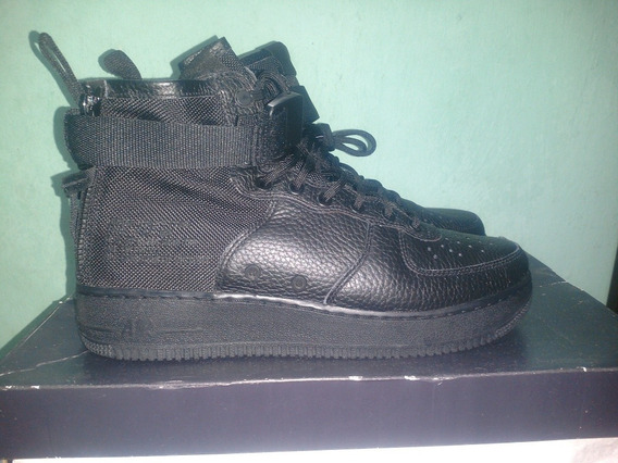 Tênis Nike Air Force 1 Special Field Mi Leather Triple Black