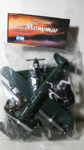 Lote De 24 Soldaditos Mas 2 Aviones De Plastico