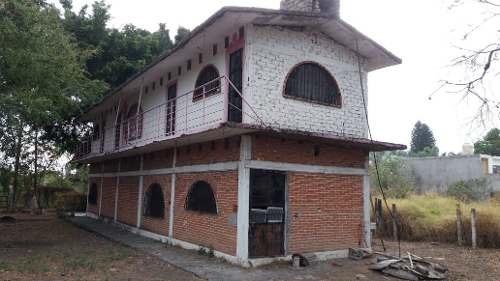 Casa Con 1350m2 De Terreno, De Oportunidad