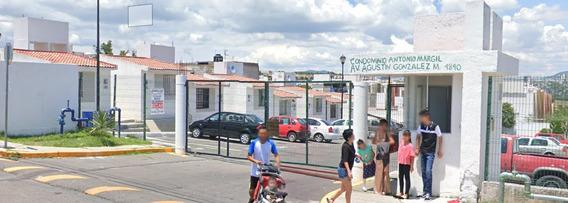 Casa Fracc. Eduardo Loarca, Querétaro. *remate Bancario*.