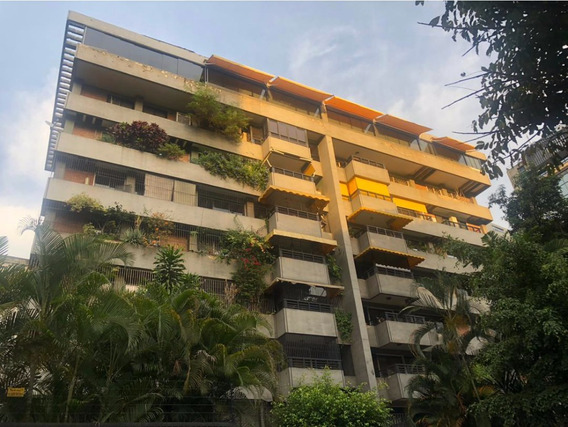 Precioso Apartamento En Altamira.