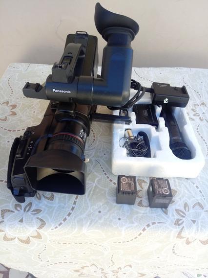 Filmadora Ag7 Panasonic Com Mic. Sem Fio 3.500 Reais