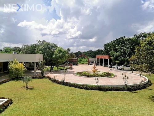Imagen 1 de 30 de Casa En Venta De Un Piso En Cholul Mérida, Yucatán Con Grandes Jardines Y Alberca