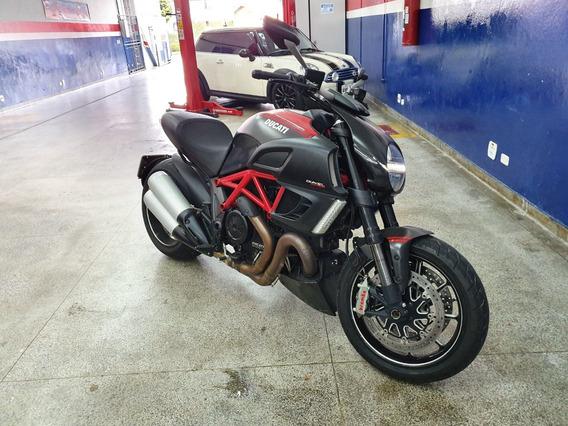 Moto Ducati Diavel Carbon Abs 2012