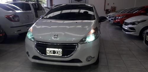 Peugeot 208 Active 2014 (y) Muy Bueno