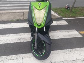 Moto Agility Rs Naked