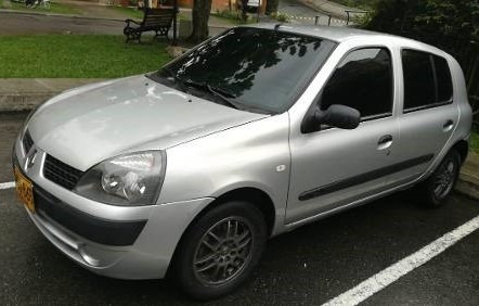 Renault Clio Expresion Aut 2ab Abs 2009