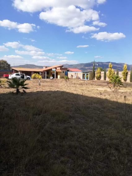 Cabaña Campestre $875,000 A Pie De Carretera En Comanja De Corona