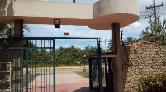 Apartamento Amoblado En Venta En Tucacas 04123424992.