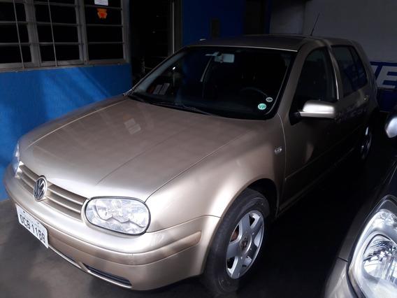 Volkswagen Golf 1.6 Dourado 2001