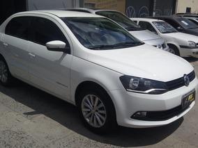 Volkswagen Voyage 1.0 Comfortline Total Flex 4p