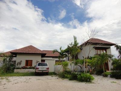 Cap Cana Villa De Lujo Adjudicada 5 Habitaciones 4 Parqueos
