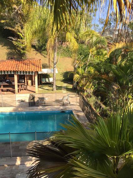 Ampla Casa Rústica Com Excelente Jardim Para Lazer - 2988
