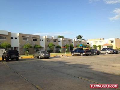 Alquilo Townhouse Av Guajira Keina Peley Mls #18-4598