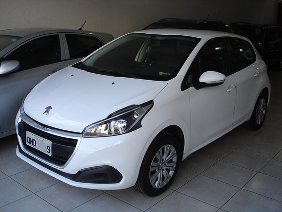 Peugeot 208 Active 1.2 12v Manual Multimidia 34.000km 2018