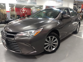 Toyota Camry 2.5 Le At 2017 *financiamiento*