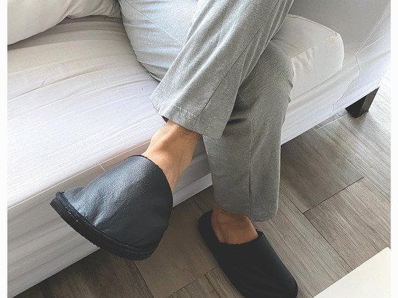 Pantufla Chinela De Hombre Eco Cuero Corderito Negro