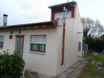 Casa De 3 Ambientes En Mar Del Tuyú (140107)