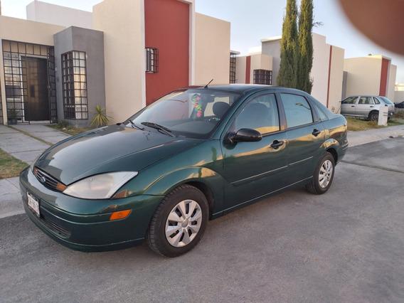 Bonito Ford Focus2.0 Ambiente At. 2001