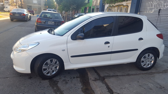 Peugeot 207 Compact Active 1.4 2013 - 39.000kmts Inmaculado
