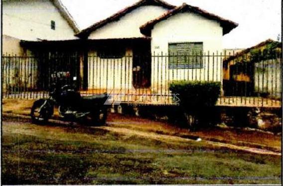 Rua Geralda Gomes De Oliveira, Nova Floresta, Patos De Minas - 440685