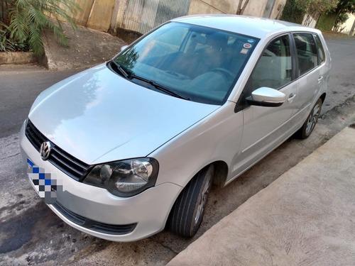 Imagem 1 de 8 de Volkswagen Polo 1.6 Completo