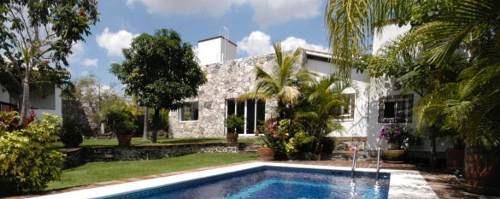 Casa En Condominio En Joyas De Agua / Jiutepec - Ber-838-cd