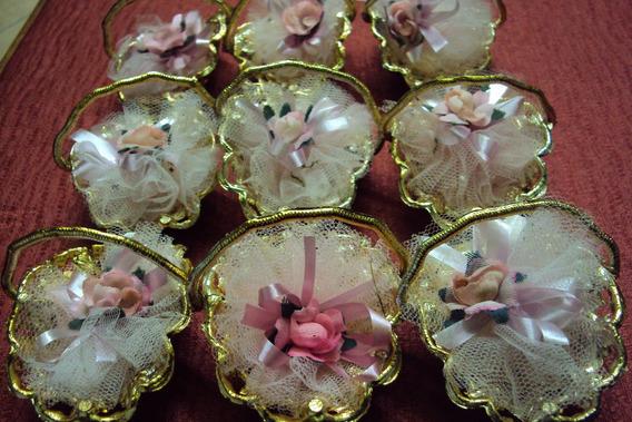 Lote De 9 Canastitas Doradas Con Tul Y Flor Para Souvenirs!!