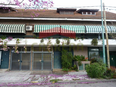 Excelente Duplex 4 Amb. C/cochera Prox. Av.maipú