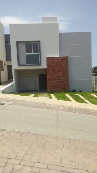 Renta De Casa En Colinas De San Isidro