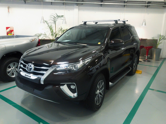 Toyota Sw4 2.8 Srx 177cv 4x4 7as Mt 0km Kansai