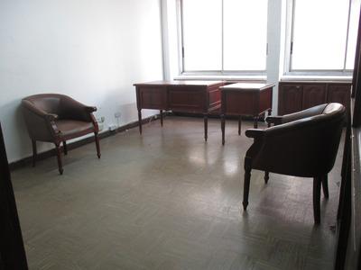 Oficina En Edificio Centro De Medellín