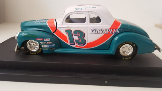 Nascar Stock Rods 1940 Ford Coupe 1:24 Die Cast Car #13