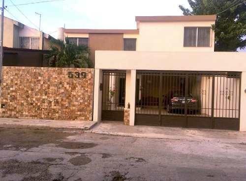 Amplia Casa En Renta En Pinos 3 Recamaras