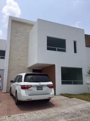 Preciosa Casa En Lomas De Angelopolis - Parque Victoria